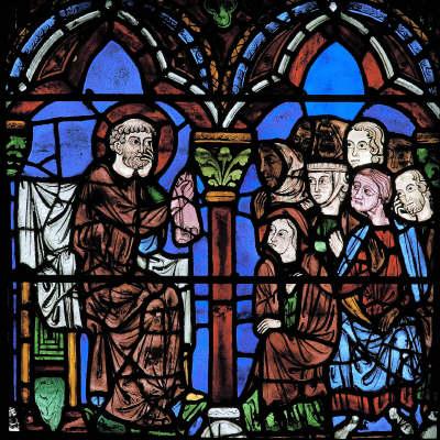 St Chéron enseignant à la foule. Verrière 15 de la Cathédrale de Chartres. Vitrail du XIIIe s. Eure et Loir (28), Centre, France.