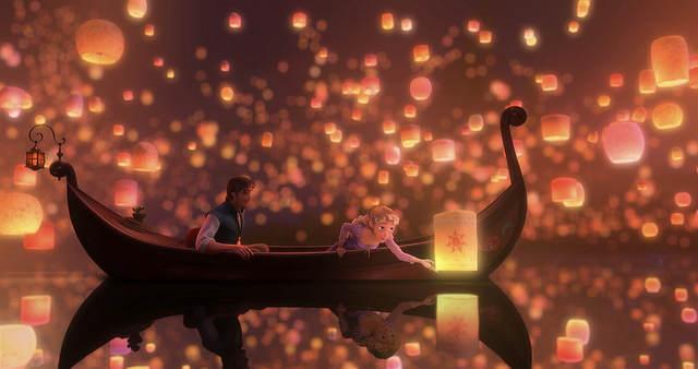 Vous le voyez l'emblème sur la lanterne, vous la voyez ?!