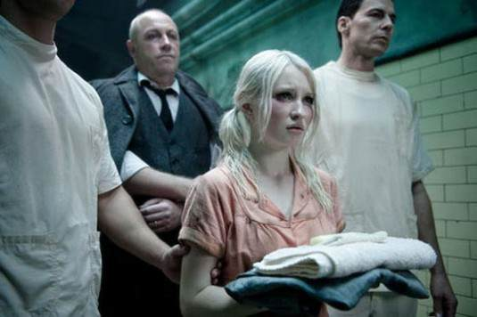 Photo - Emily Browning est Babydoll