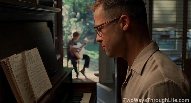 Image du film - Brad Pitt jouant du piano