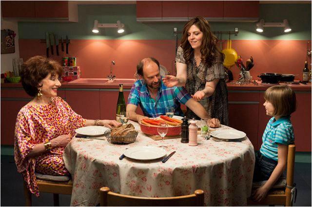 La famille de Rachel est à table