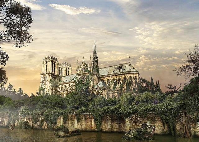 Notre-Dame De Paris recouverte de plantes, en ruine
