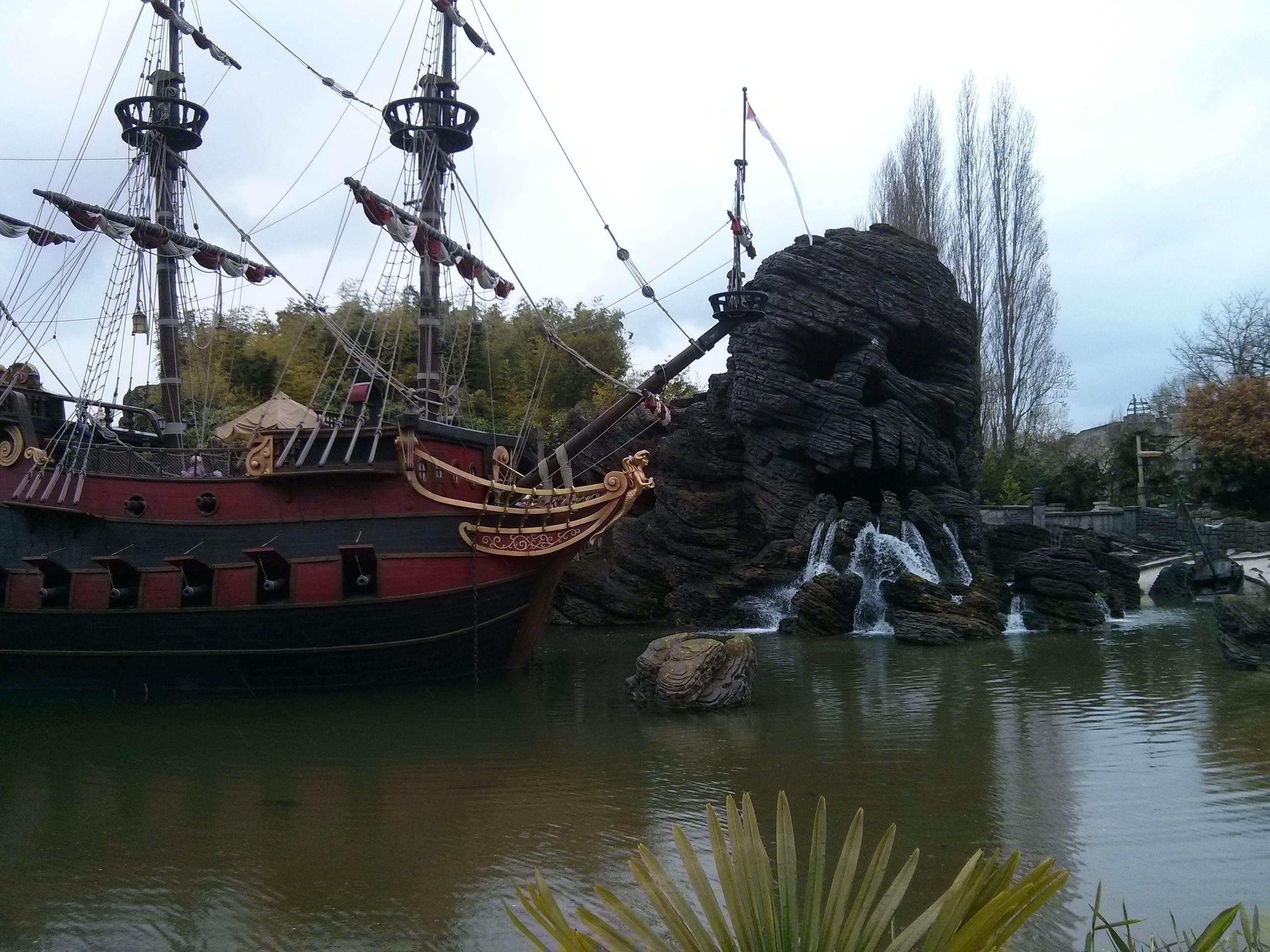 Le bateau pirate d'Adventureland