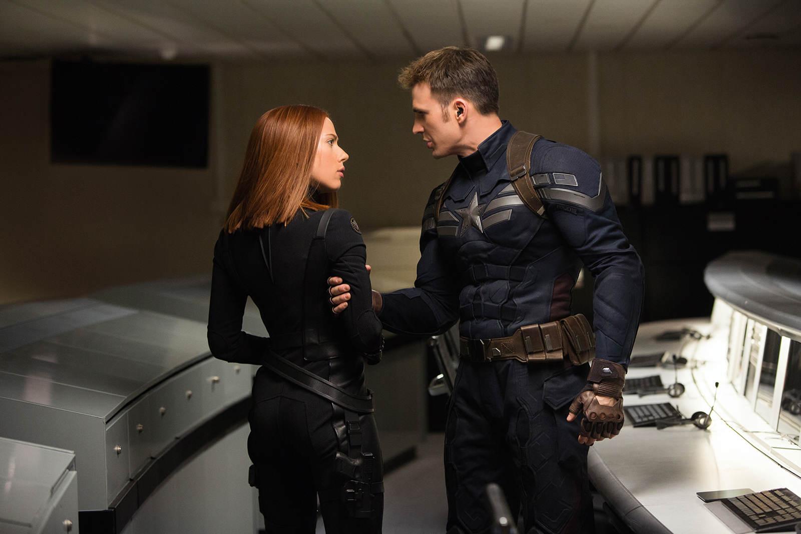 Captain_America_2-Widow-Cap