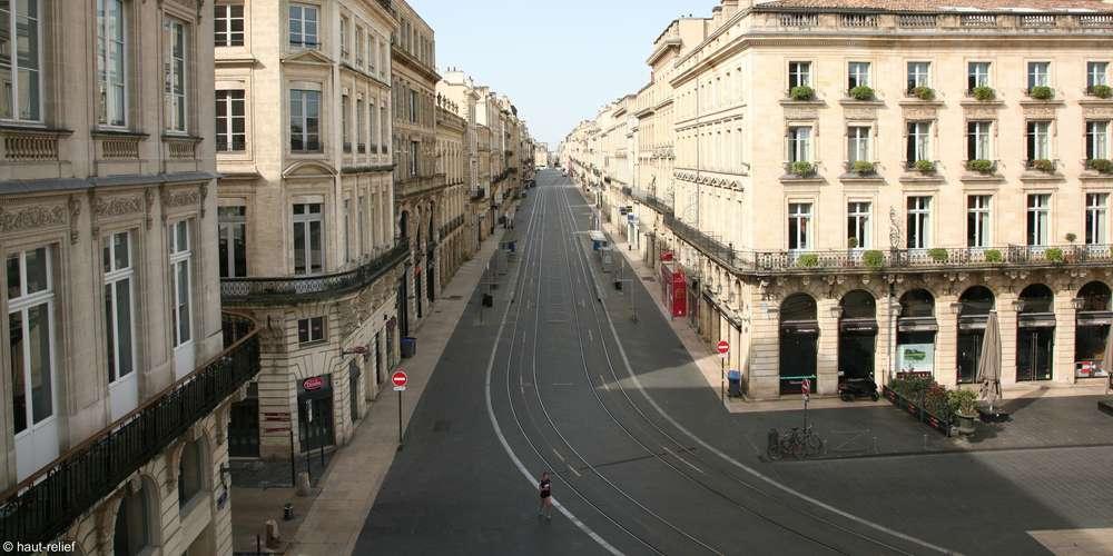 Une rue complètement vide